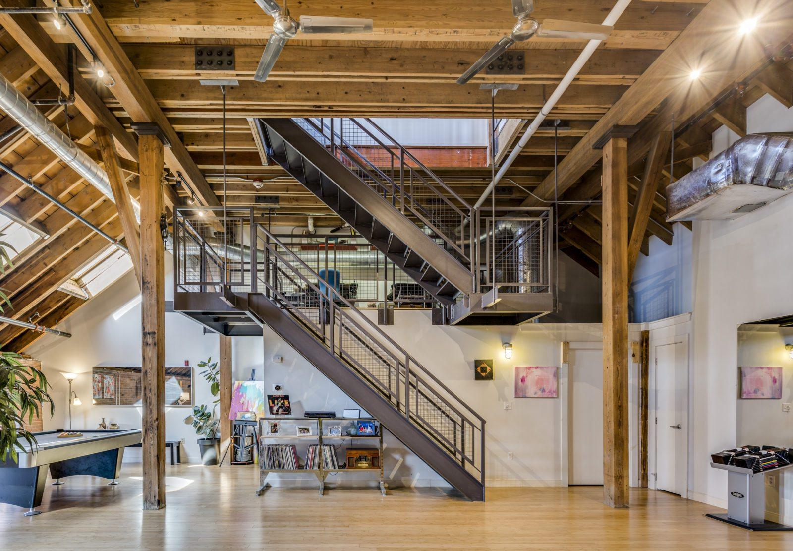 Escalier double en acier
