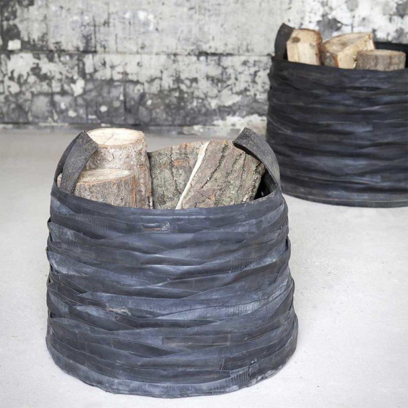 Panier à bûches en caoutchouc à partir de pneus recyclés