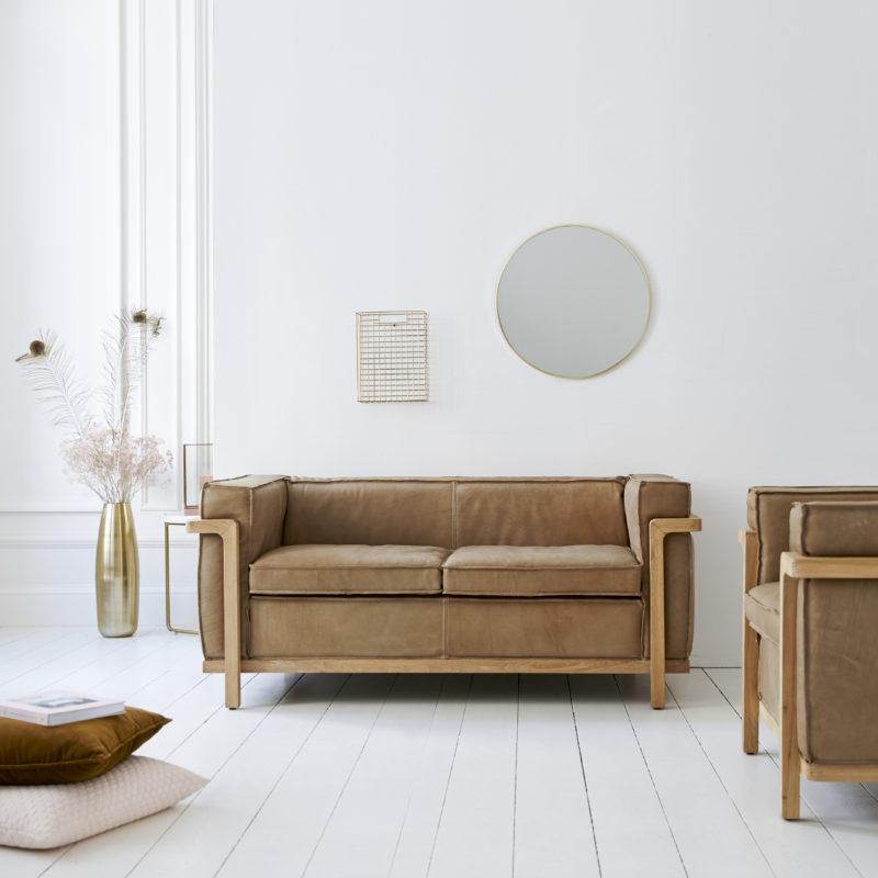 Canape cuir marron avec structure en bois