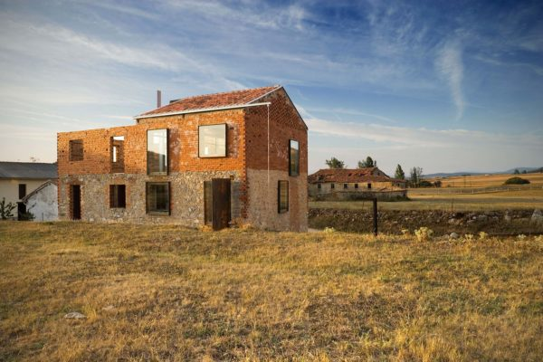 Une ruine transformée en loft atypique dans le nord de l'Espagne