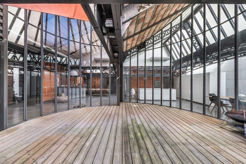 Patio en verrière dans un loft à Lyon