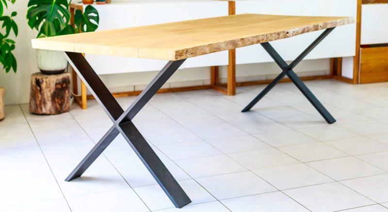 Table sur-mesure fabriquée en France