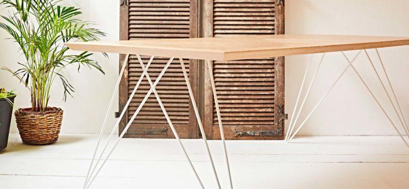 Table en chêne artisanal