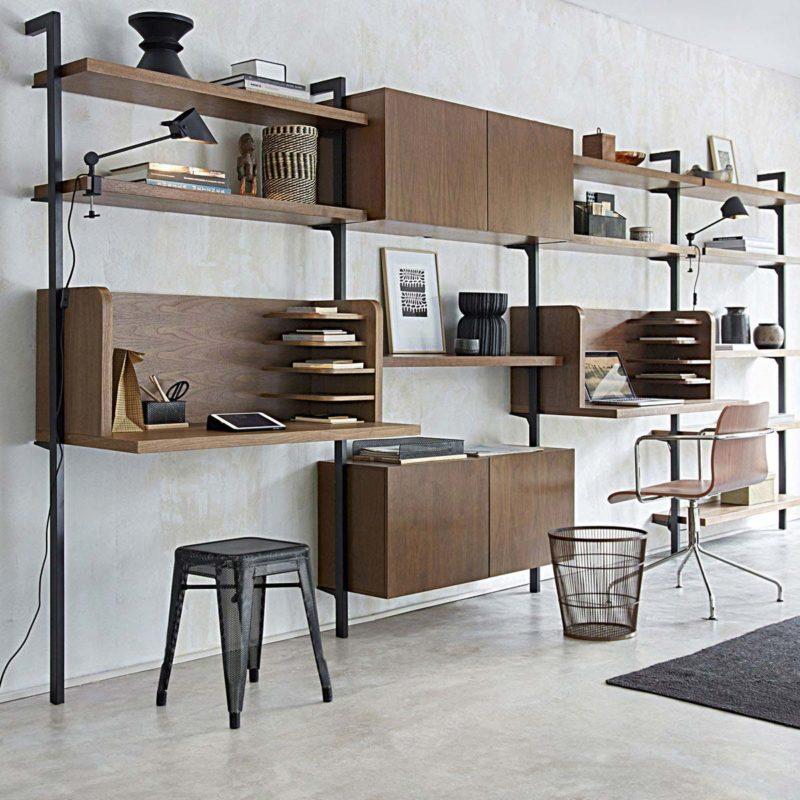 Bureau dans une étagère modulable