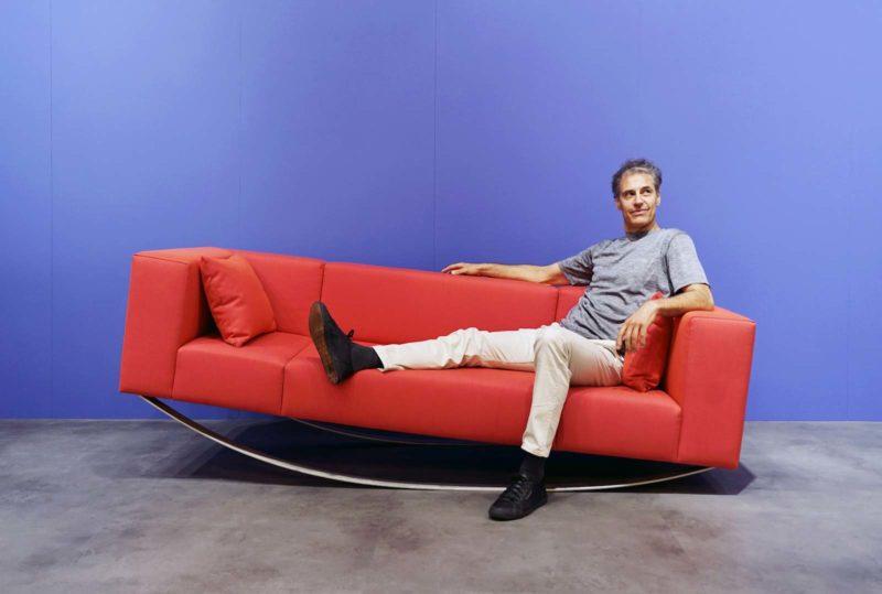 Canapé original à bascule