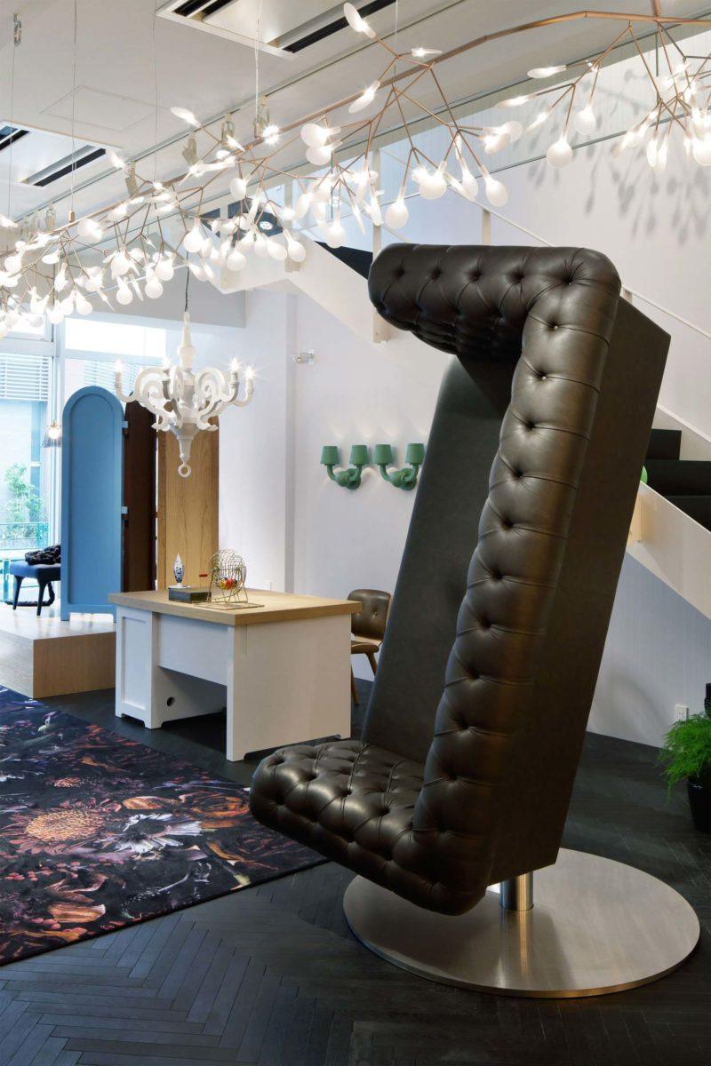 Canapé original transformé en fauteuil