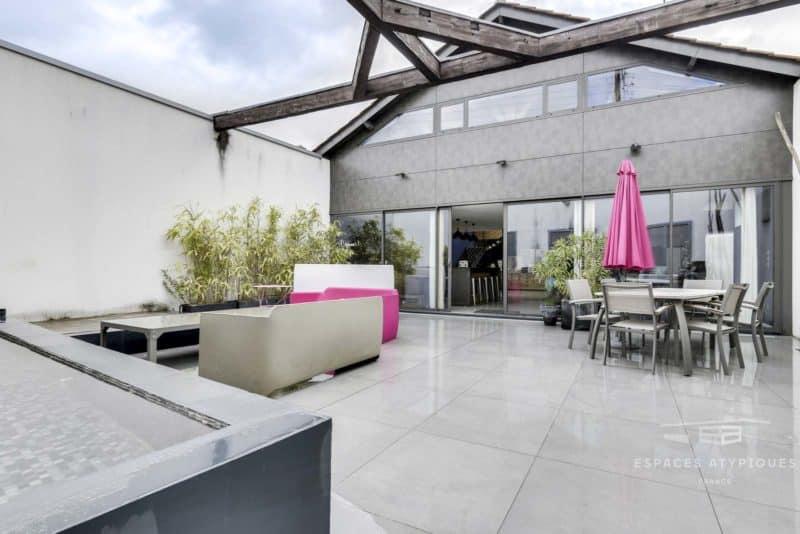 Loft avec terrasse à Libourne