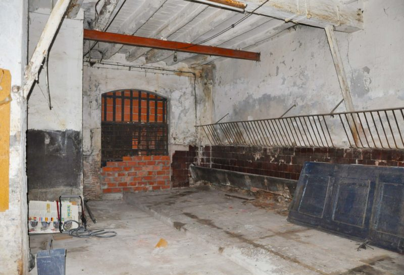 Loft ferme barcelone avant travaux