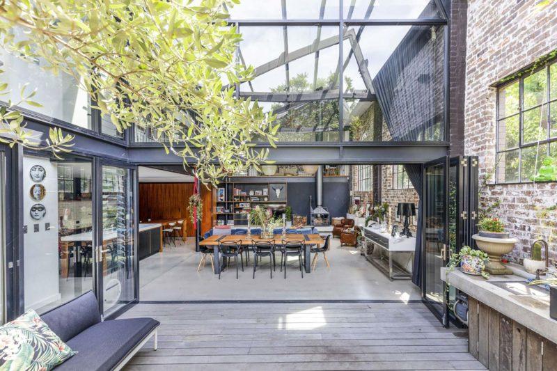 Loft avec grande terrasse