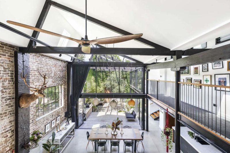 Loft industriel avec grand shed