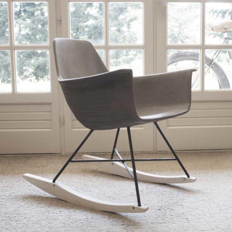 Rocking chair en béton