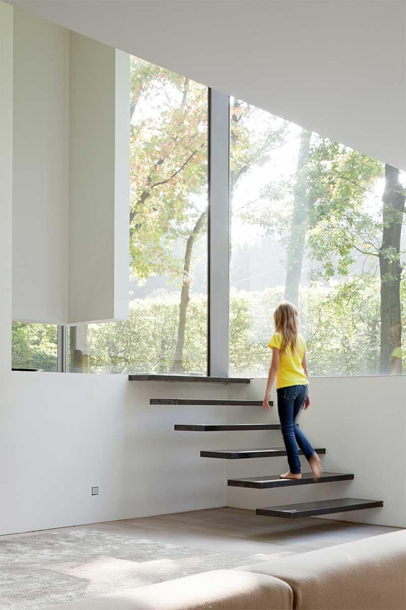 Escalier flottant design
