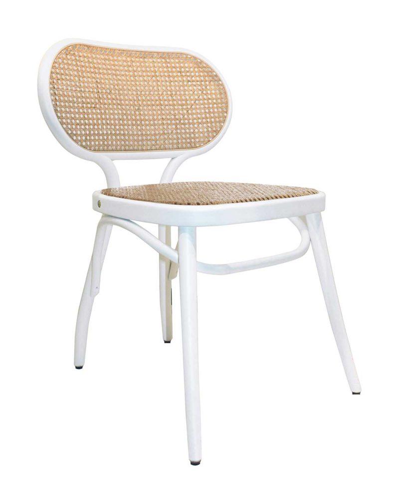 Chaise blanche en bois avec cannage