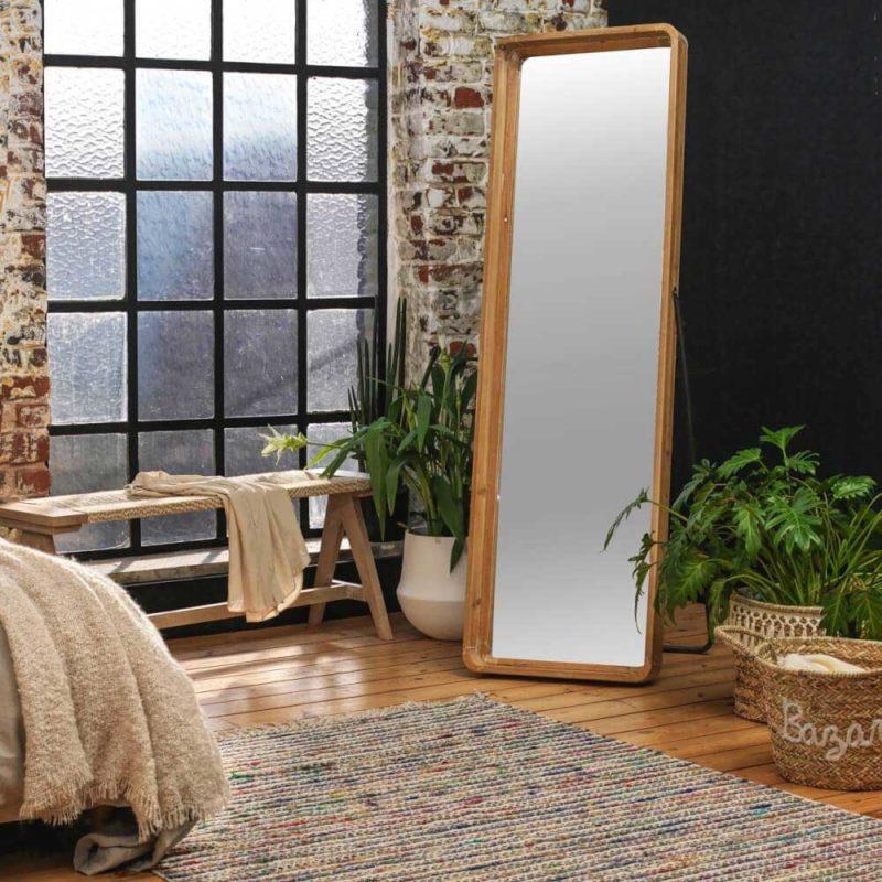 Miroir sur pied inclinable en bois et métal