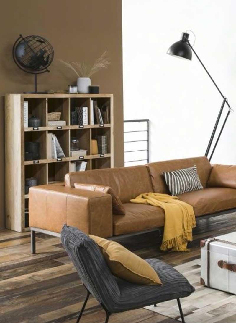 Bibliothèque en bois style industriel pour le salon