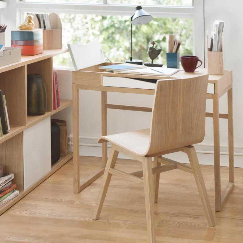 Bureau étroit pour un petit espace
