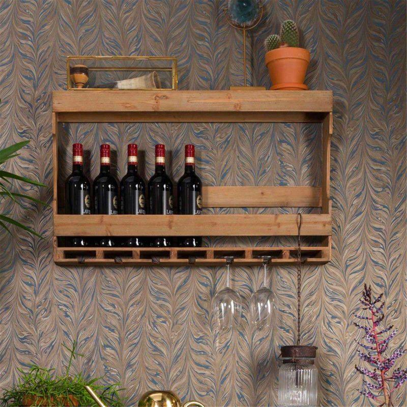 Étagère en bois pour bouteilles et verres