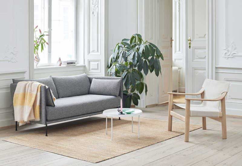 Fauteuil design nordique en bois et tissu