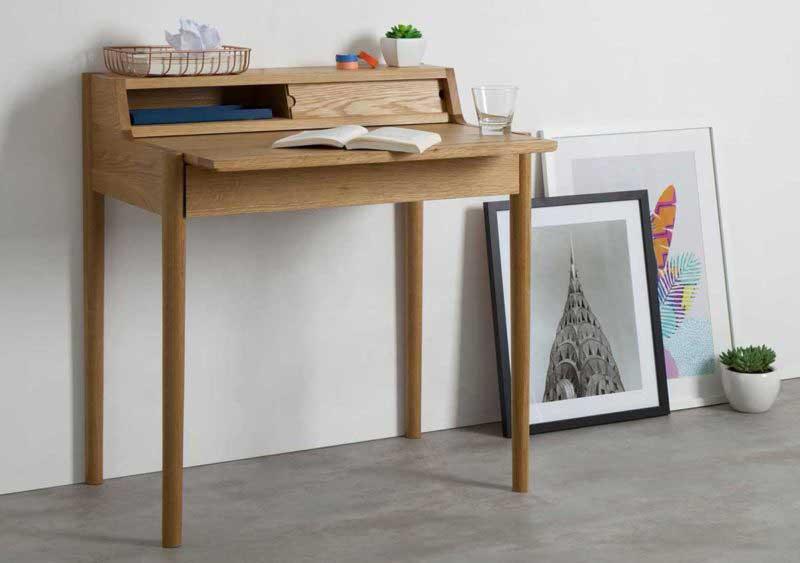 Petit bureau scandinave en bois