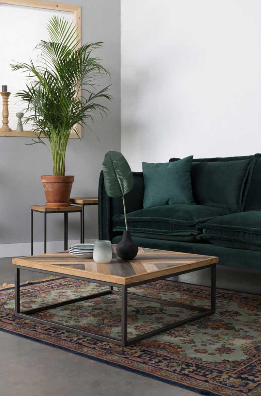 Table basse carrée avec plateau style parquet