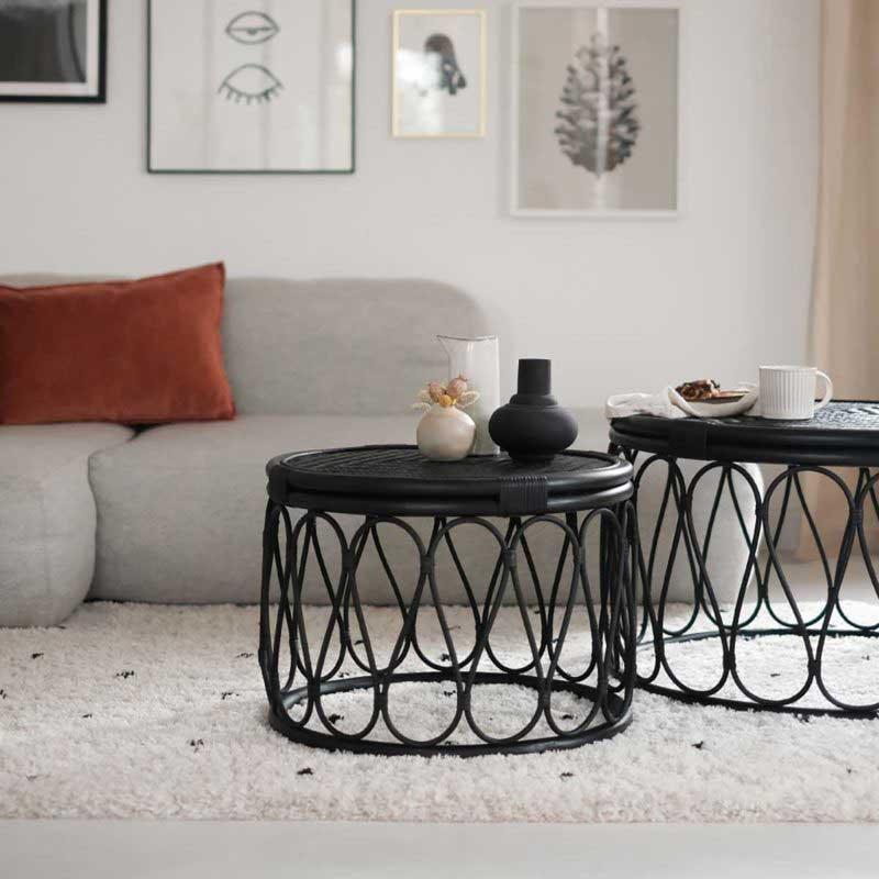 Table de salon ronde en rotin noir
