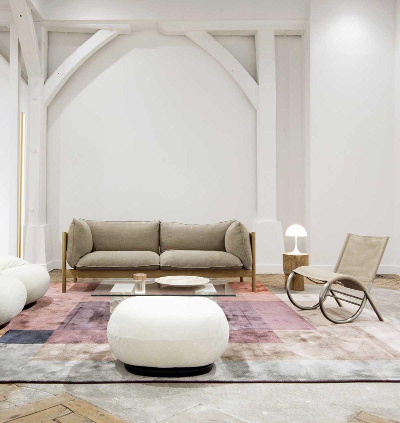 Canapé en lin avec structure en bois