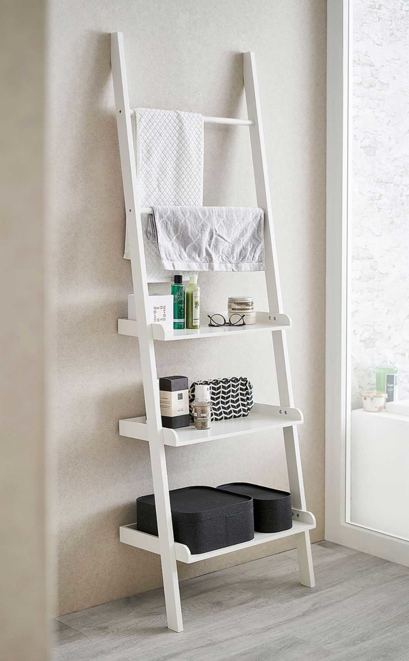 Étagère échelle blanc avec support pour serviettes