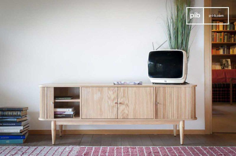 Meuble TV en bois clair style scandinave