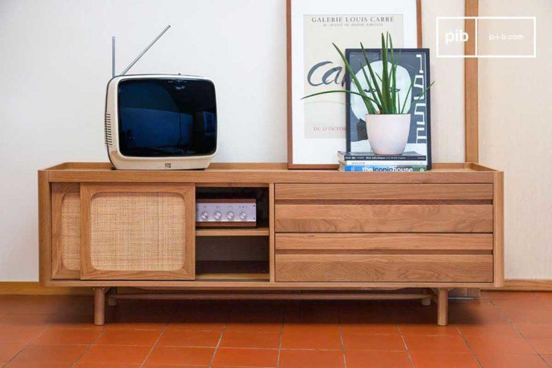 Meuble TV scandinave en chêne avec tiroir