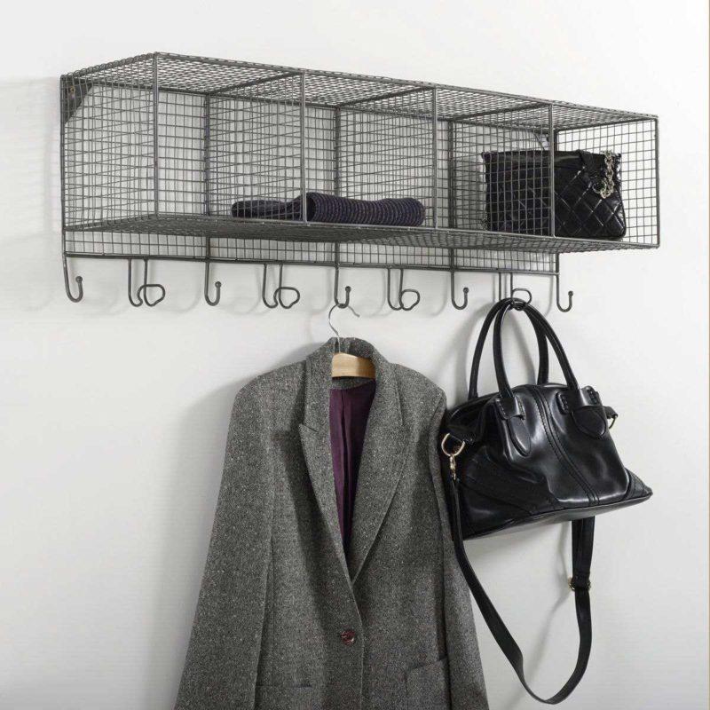 Étagère porte-manteau patère en métal grillagé
