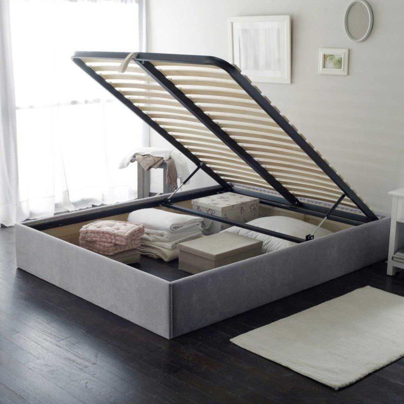 Gain de place avec un lit coffre