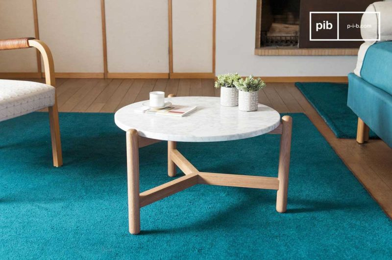 Petite table basse marbre blanc et bois