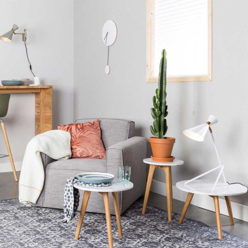 Petites tables basses bois et marbre blanc