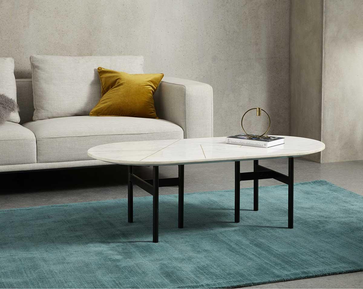 Table basse marbre : 23 idées déco pour le salon