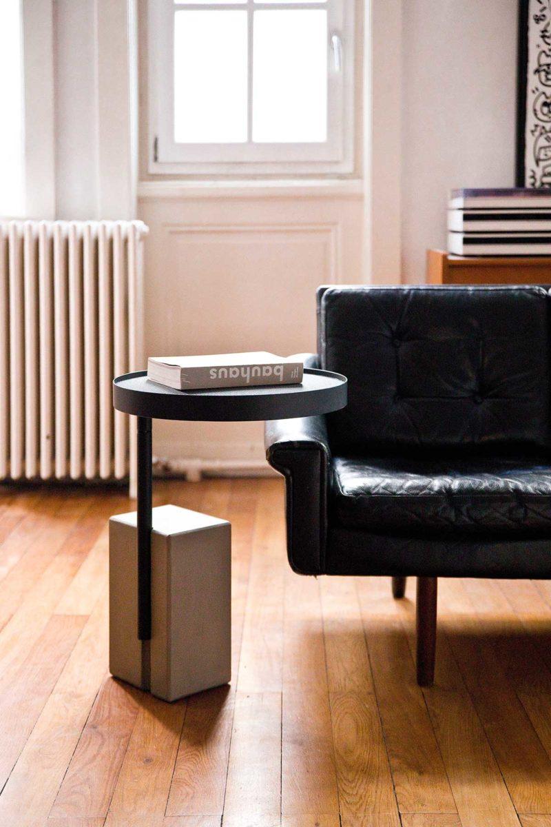 Table de chevet design en béton