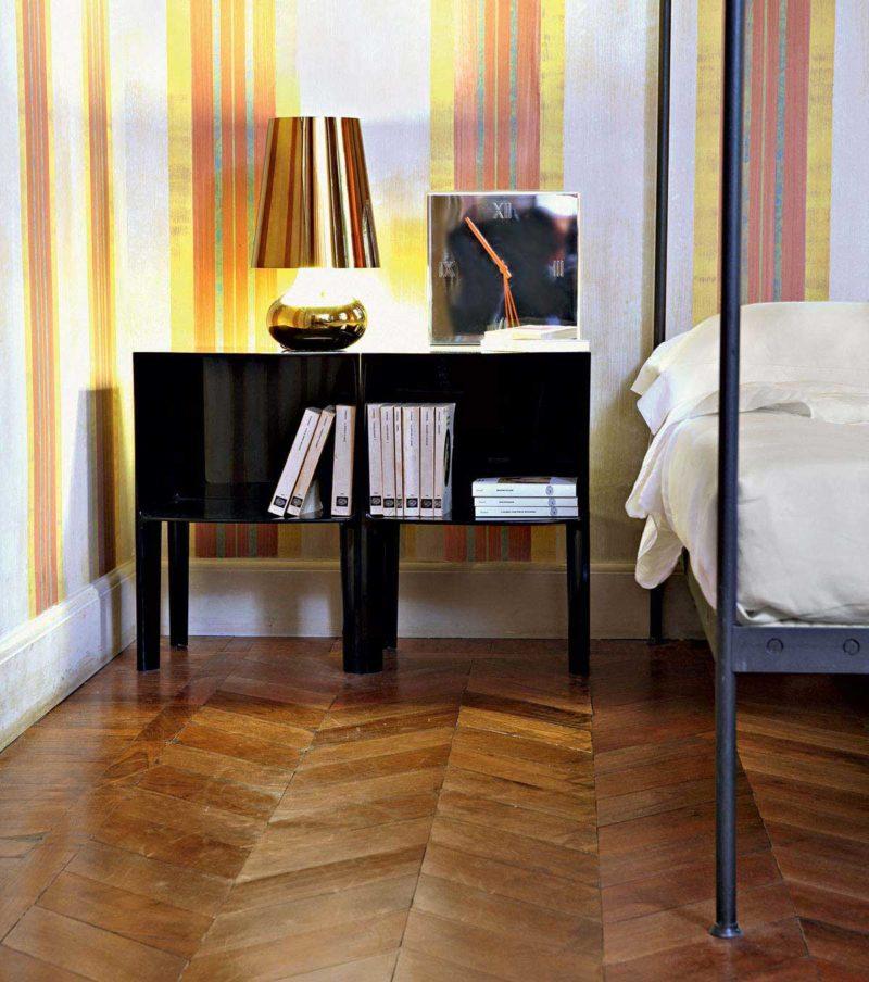 Table de chevet design italien