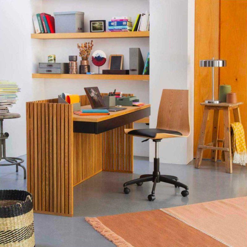 Bureau au design original en bois massif
