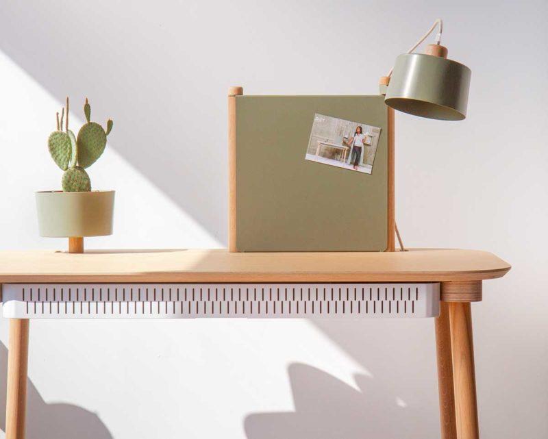 Bureau DIZY avec lampe intégrée