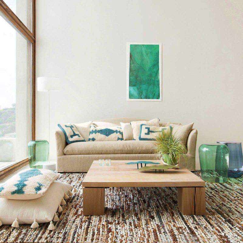 Table basse en chêne massif style brut