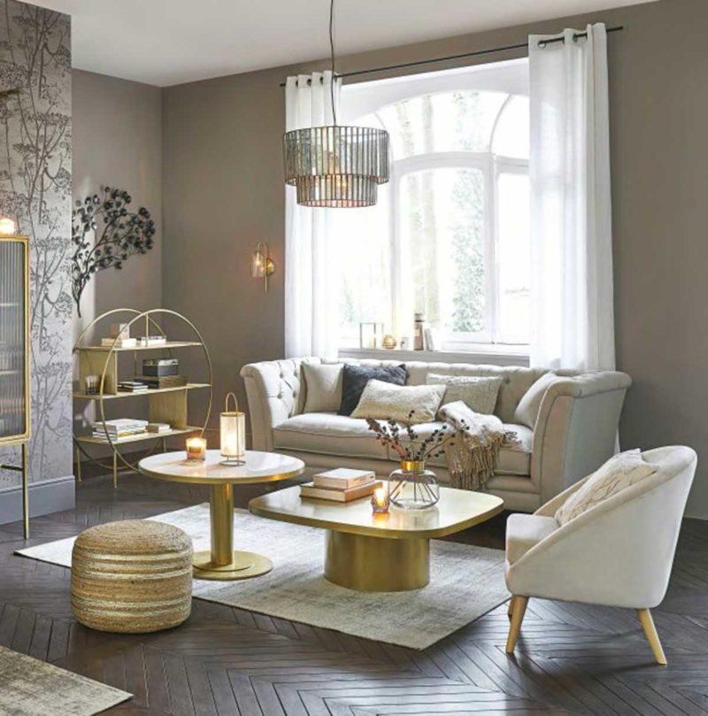 Table basse en métal doré