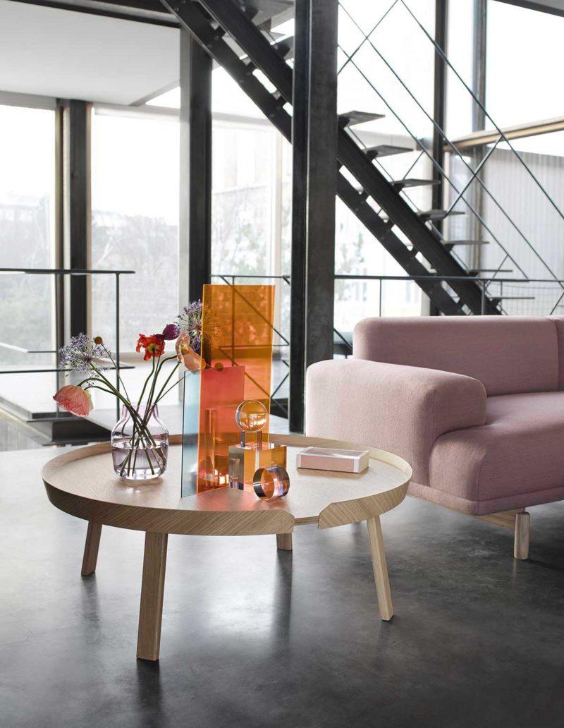 Table de salon en bois massif design contemporain