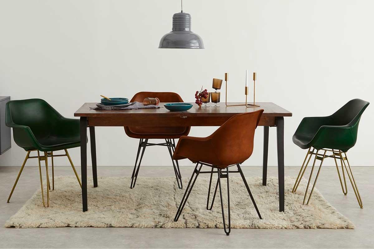 Chaise en cuir : 20 assises au style élégant