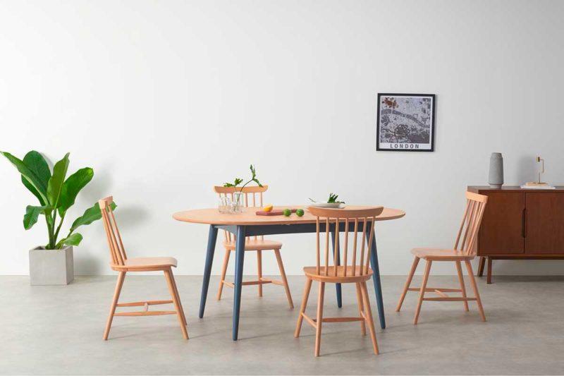 Table ovale bicolore