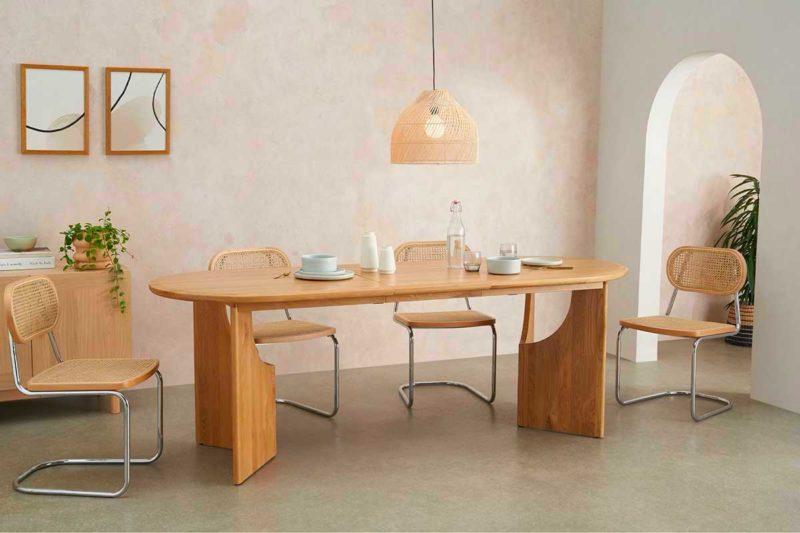 Table extensible ovale en bois
