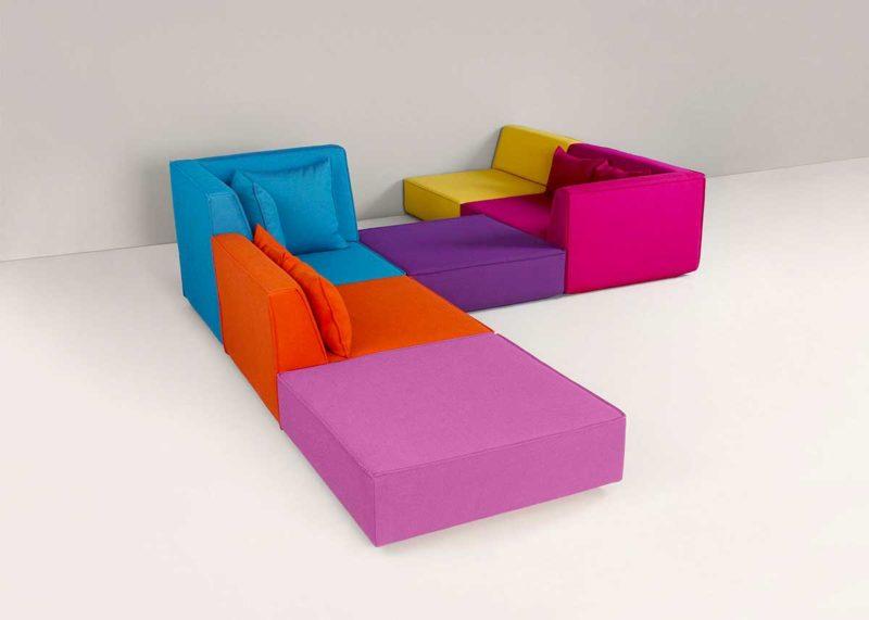 Canapé avec deux angles