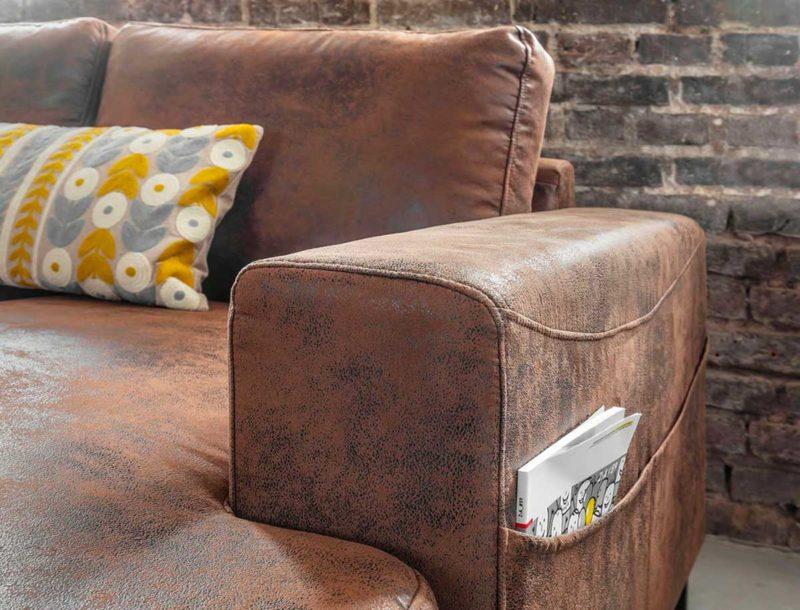 Canapé marron avec range magazines