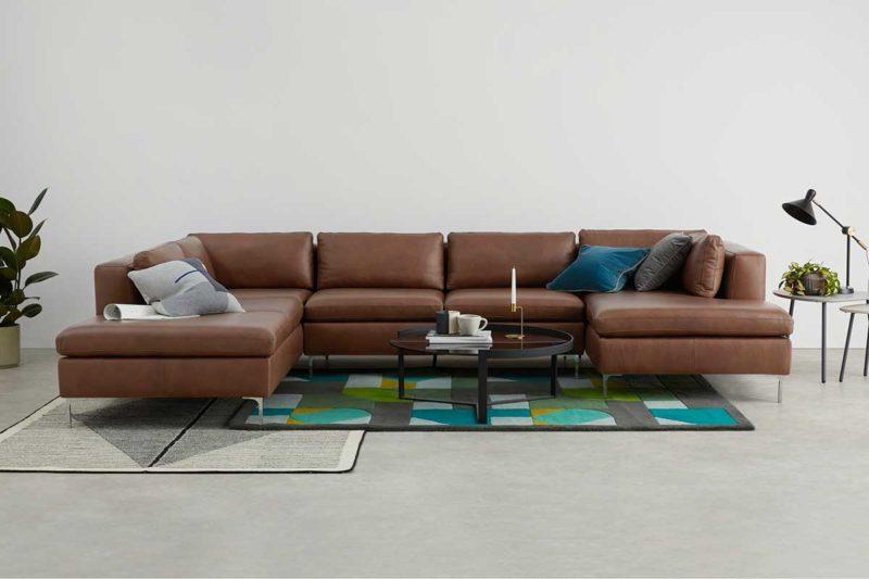 Canapé panoramique en cuir marron