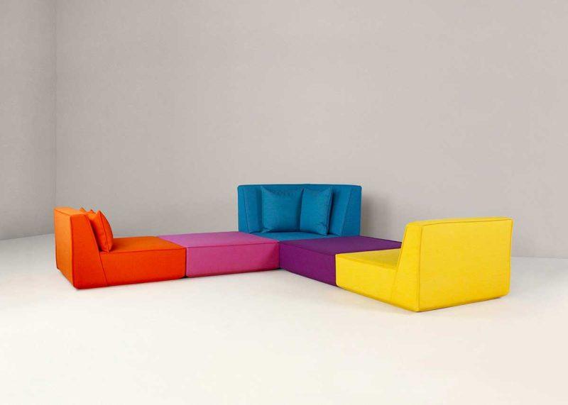 Canapé panoramique design modulable et coloré