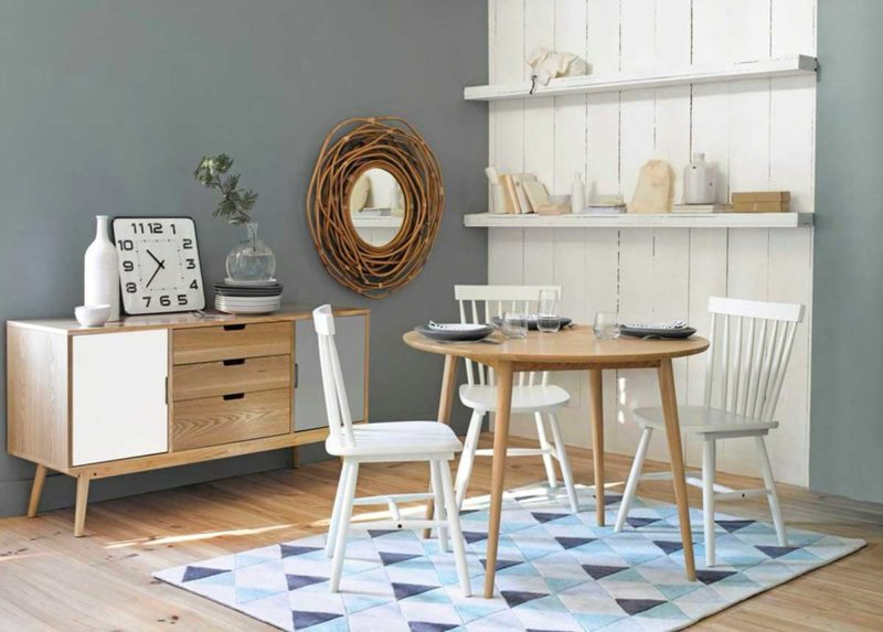 Petite table scandinave ronde