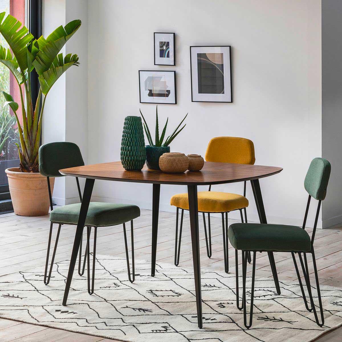 Table carrée : 15 modèles (fixes et extensibles) pour salle à manger